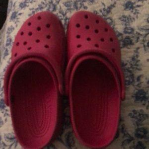 pink crocs size 7 men's 9 women's